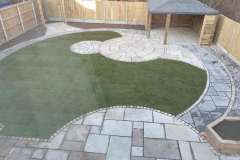 Circle-paving-garden-Bespoke